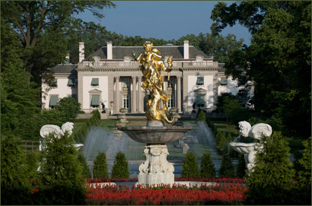 Welcome Nemours Mansion